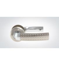 Ручки дверные КРИТ-М РФ-6690А-Хп/ХШ (матовый никель/никель, под замок А-8)