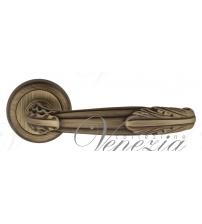 """Дверная ручка Venezia """"ANGELINA"""" D1 (матовая бронза)"""